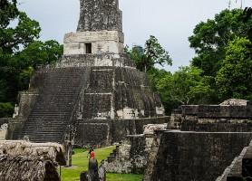 Tikal: le patrimoine des Mayas