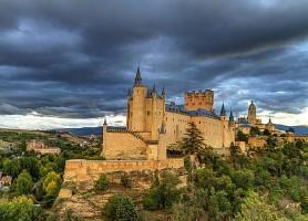 L'Alcazar de Ségovie: l'histoire d'Espagne par les objets