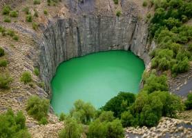 Big Hole: le plus grand puits foré à la main