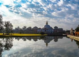 Lumbini : découvrez le lieu de naissance de Bouddha