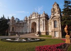 Palais de Dolmabahçe: là où règne le luxe à profusion