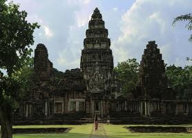 Prasat Hin Phimai: un sanctuaire bouddhiste