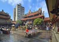 Temple Longshan