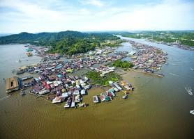 Kampong Ayer: une passionnante cité lacustre