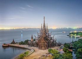 Sanctuaire de la vérité: le havre de paix Thaïlandais