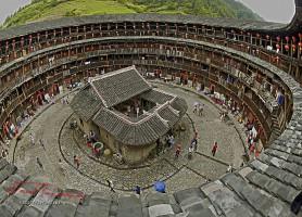 Tulou du Fujian: les fantastiques demeures secrètes