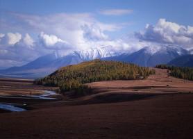 Parc national Altai Tavan Bogd: et ses montagnes majestueuses
