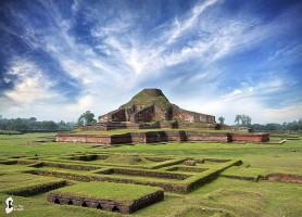 Somapura Mahavihara: le plus impressionnant vestige bangladeshi!