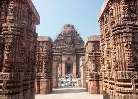 Temple du Soleil à Konârak: l'irrésistible sanctuaire de Purhi