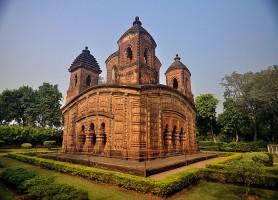 Temples de Bishnupur: les prodigieux joyaux latéritiques