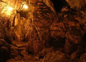 Grottes de Lanquin: magnificences au cœur des ténèbres