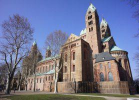 Cathédrale de Spire: le sanctuaire des monarques