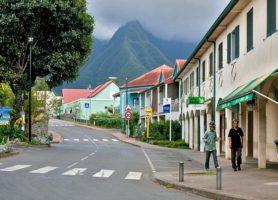 L'Entre-Deux: la splendide ville de montagne