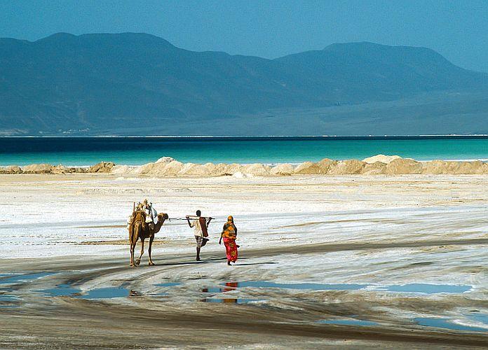 Lac Assal: offrez-vous une balade sur les rives de cette merveille