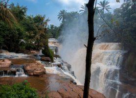Chutes de la Loufoulakari: des chutes mythiques