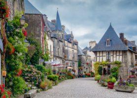 Rochefort-en-terre: une irrésistible expédition